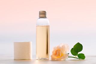 Nettoyants pour le visage faits maison pour l'acné