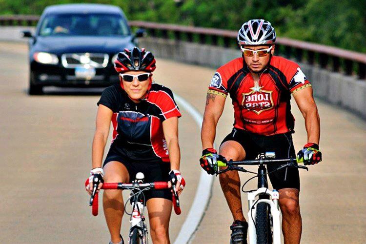 Bisiklet sürmek gibi aktivite ve alışkanlıklar güçlü bağlarlar kurmak için biçilmiş kaftandır.