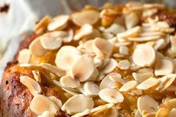 Delicious Paleo Apple Cake – Guest Recipe