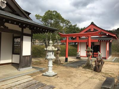 三坂神社と干塩稲荷神社