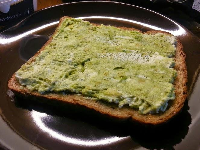 Avocado and Ricotta on toast heart healthy breakfast