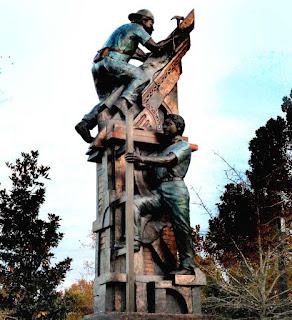 http://remezcla.com/culture/hurricane-katrina-new-orleans-statue/