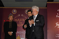 Karan Johar Release The Book Master On Masters By Ustad Amjad Ali Khan  0055.JPG