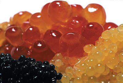 Huevas de caviar de tres clases diferentes