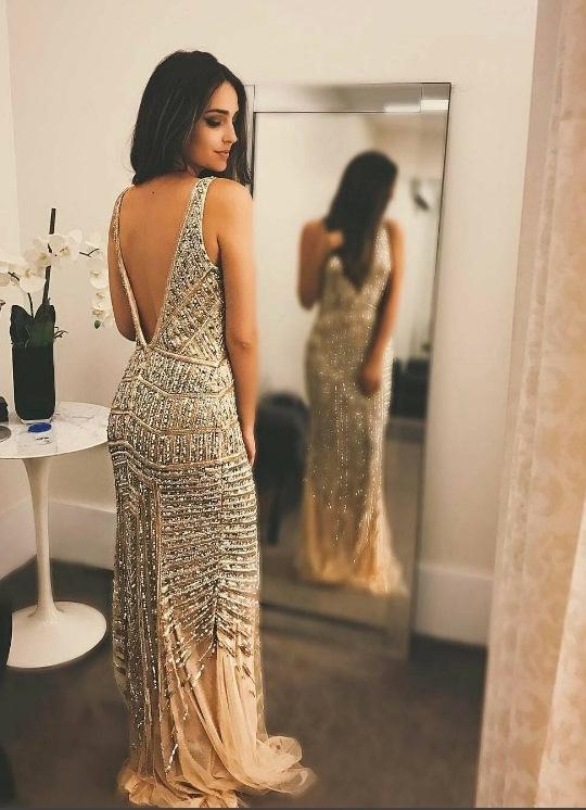 e6ffeed965 06- Vocês não tem noção do quanto este vestido estampado usado pela Aline  fez sucesso no Instagram! Realmente lindo este vestido da Agilita (vende  nas lojas ...