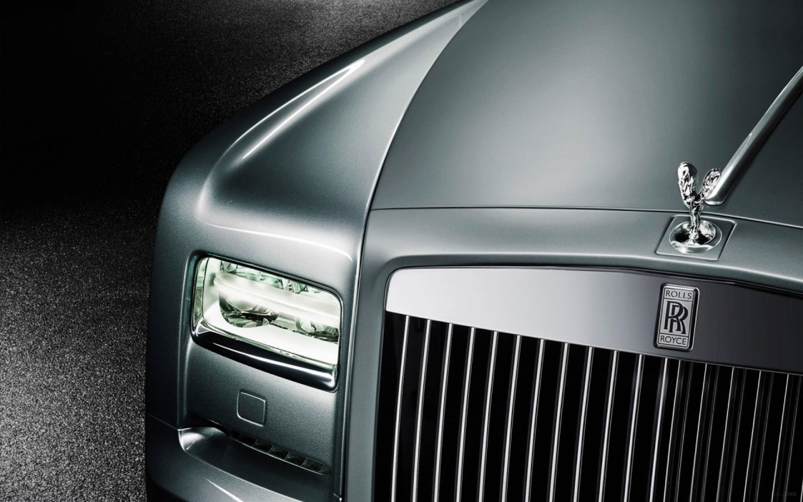 Rolls Royce Phantom Wallpaper: http://maghd.blogspot.com/2012/09/rolls-royce-phantom.html?m=0