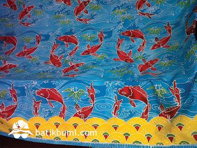 Batik tulis lukis motif ikan yang sudah selesai