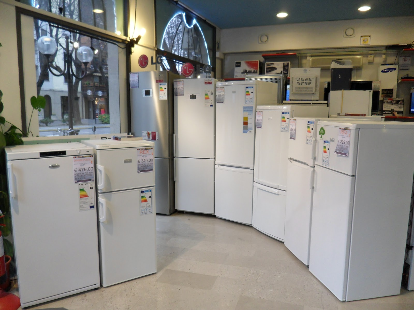 Frigoriferi Ariston Prezzi | Hotpoint Ariston Piano Cottura A Gas Da ...