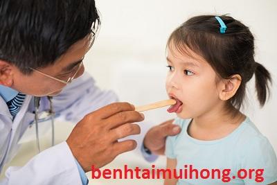 Thức ăn không ăn lúc mắc viêm amidan buộc phải biết rõ