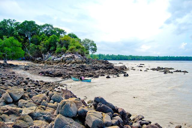 Pantai Alami Bangka Barat Tanjung Tadah