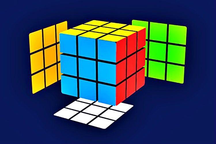 3x3 Rubik Küp'ü neredeyse çözdünüz sayılır, bu aşamadan sonra yapmanızı gereken tek şey küpün kenarlarını çözmek olacaktır.