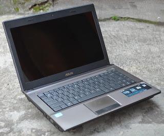ASUS A44H Core i3