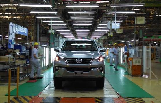 Laris Manis, Toyota Genjot Produksi Innova serta Fortuner di Pabrik Karawang