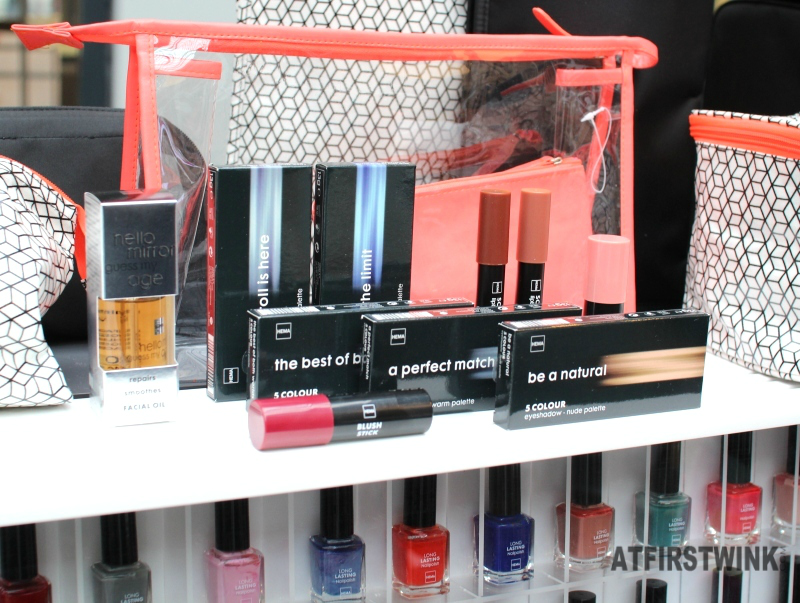 HEMA 5 colour eyeshadow palettes and facial oil