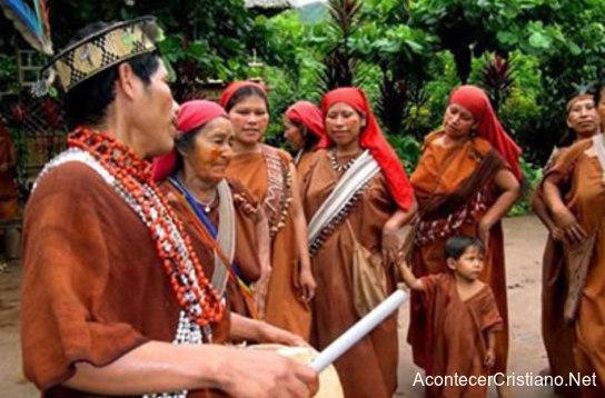 Indígenas de tribu Asháninka conocen a Cristo