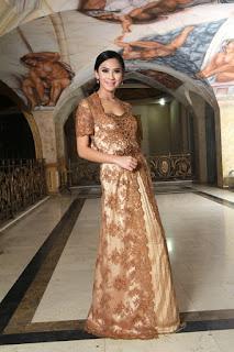 Model Kebaya Gaun Lengan Pendek