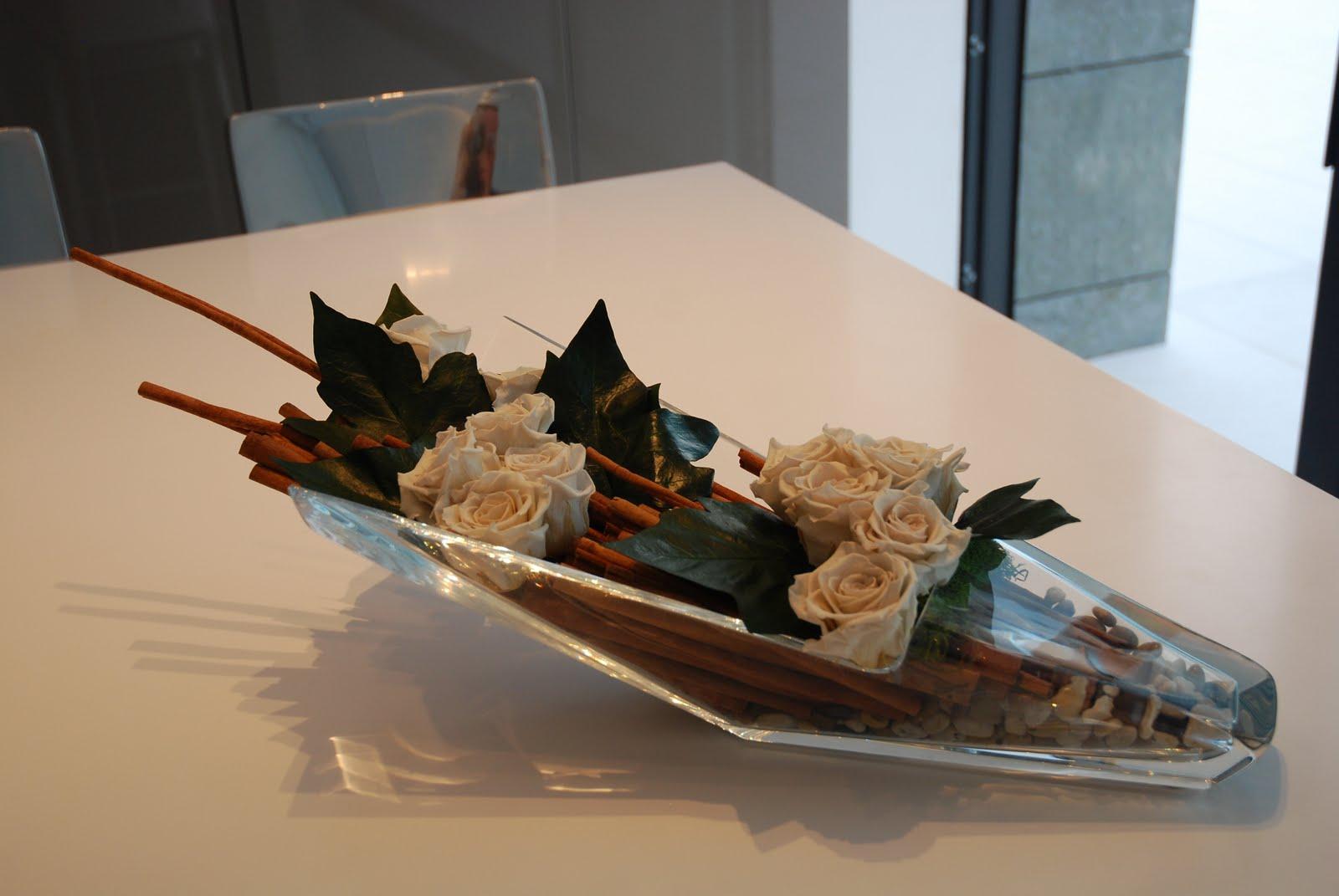 Koldo Esparza Roses Amp Cinnamon Diva Vase Baccarat