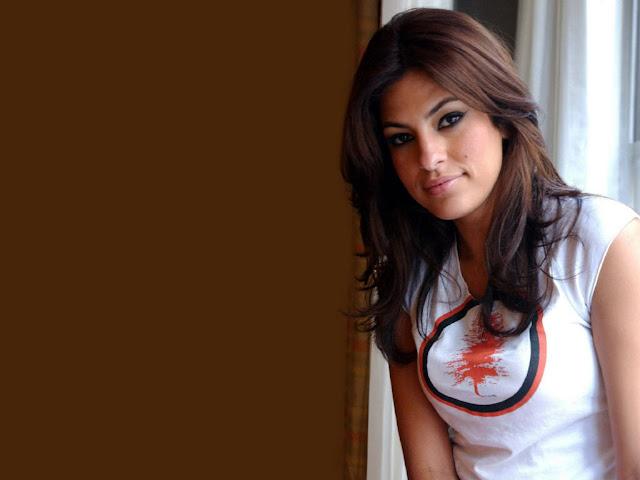 Hollywood Hot Beautiful Actress Eva Mendes