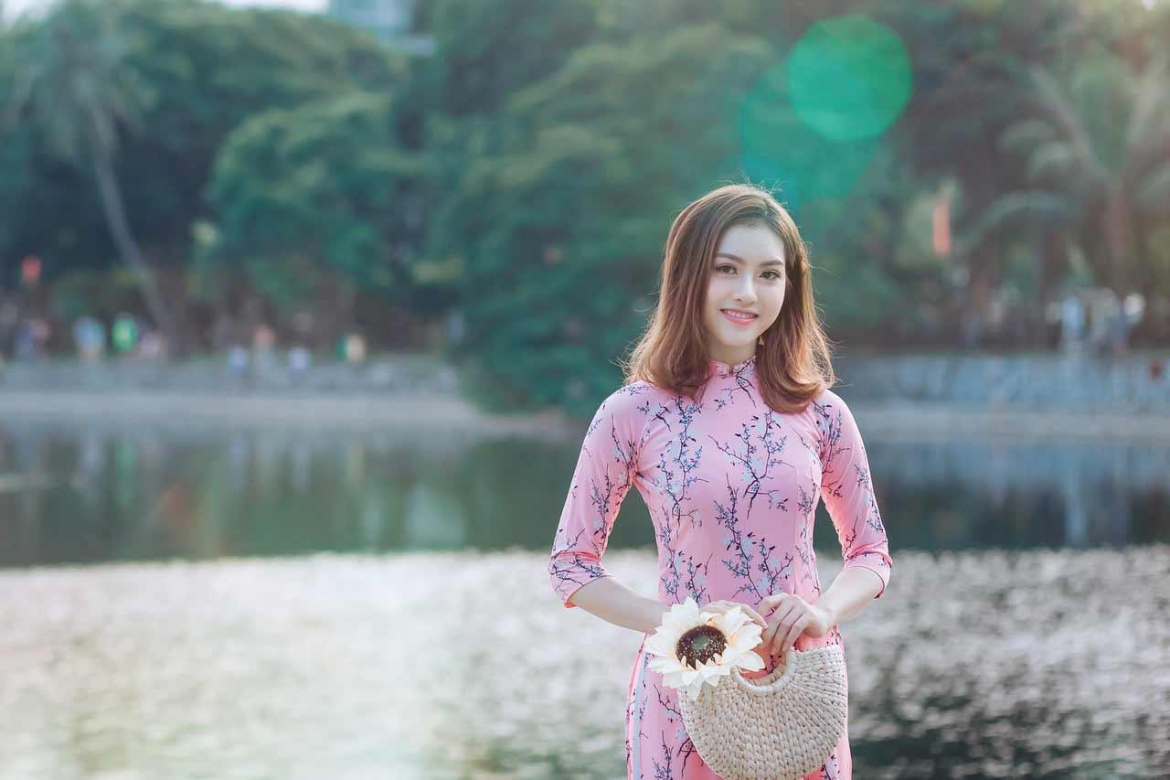 Ladies vietnam Vietnamese Hotties: