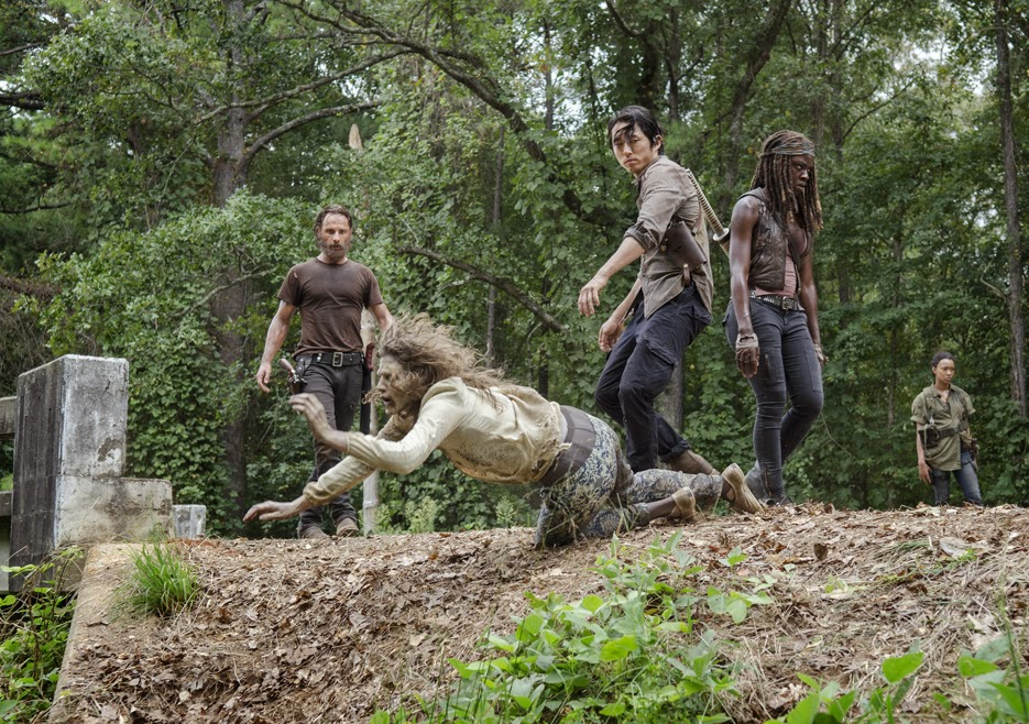 The Walking Dead - 5x10 -  Loro (Them)