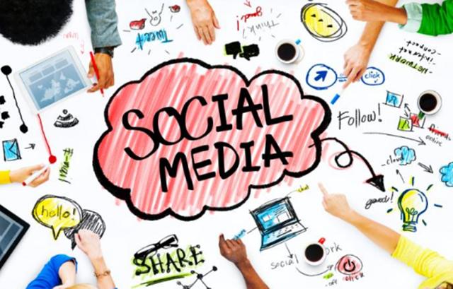 Adakalanya Mood Keboringan Ke Laut  Dengan Media Sosial