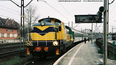 SU42-516 na stacji Opole Główne