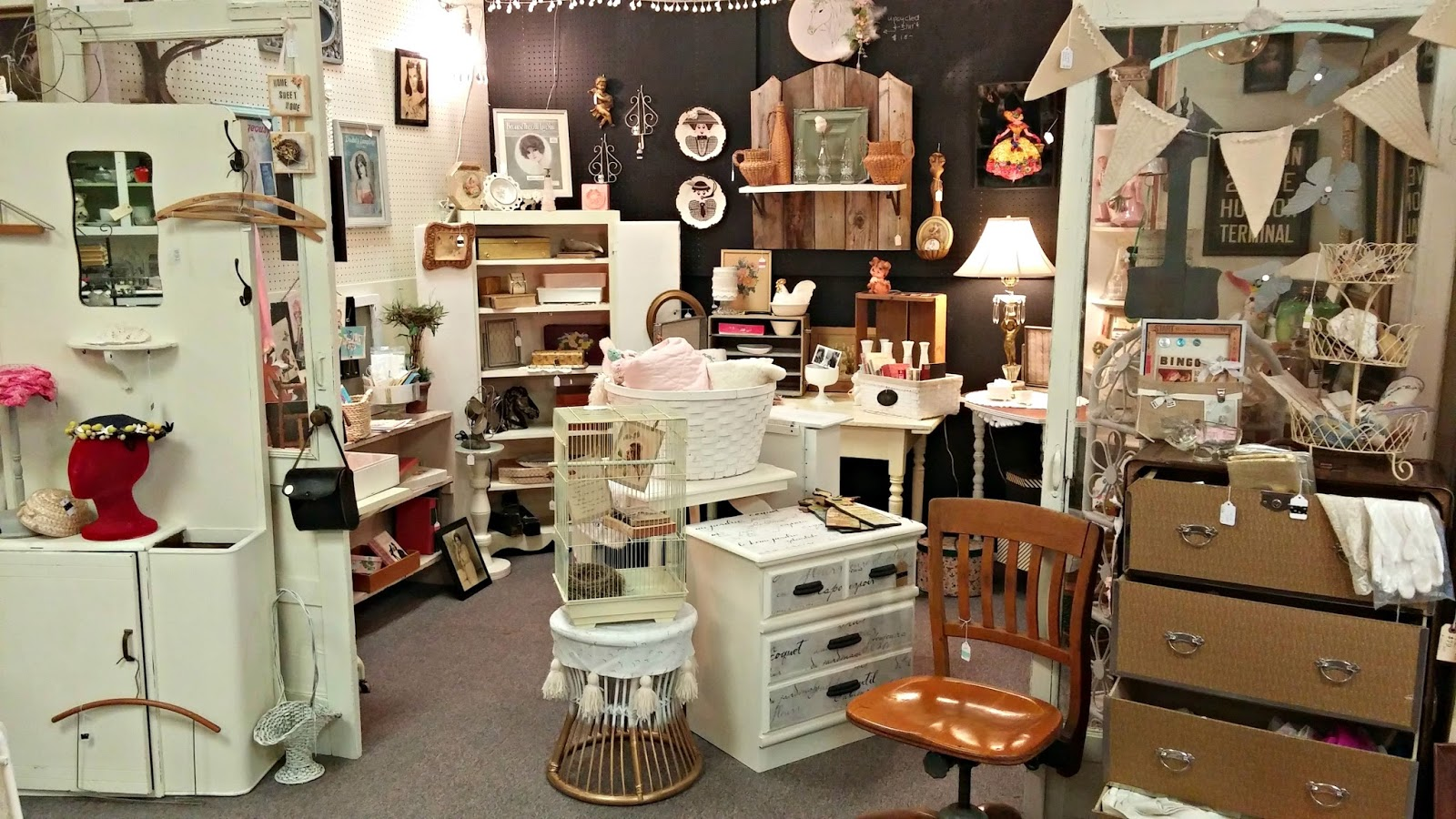 Antique Mall Booth Refresh Little Vintage Cottage