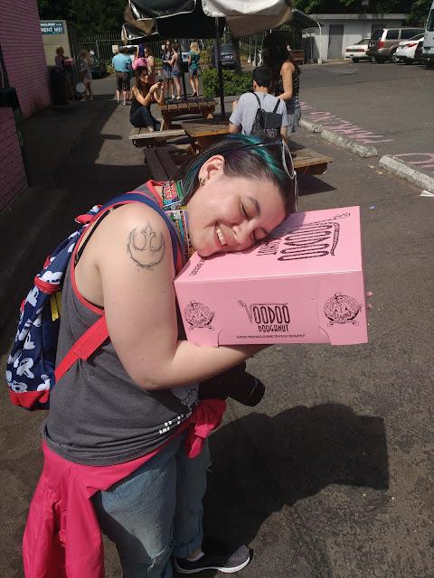 Abraça o Donuts! Padrão de beleza só serve mesmo pra ser quebrado.