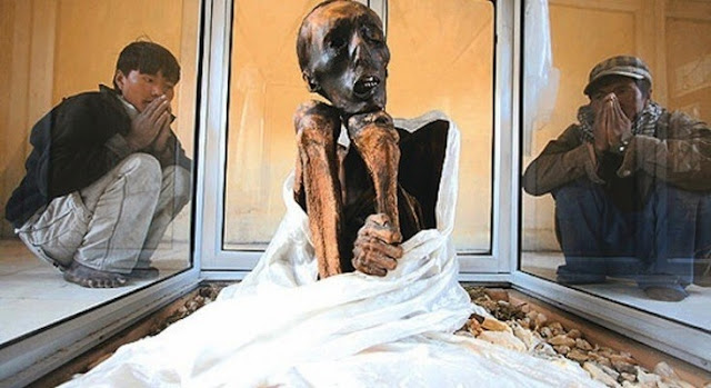 Natural Mummy-Incredible India