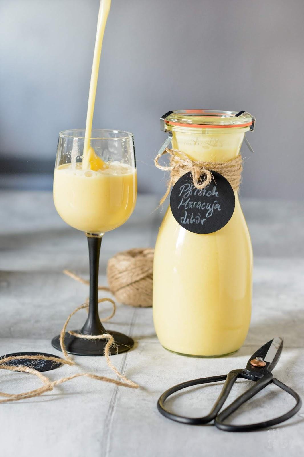 Rezept für Pfirsich Maracuja Likör mit Joghurt und Vanille