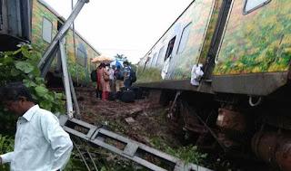 nagpur-mumbai-duronto-derails-no-casualties