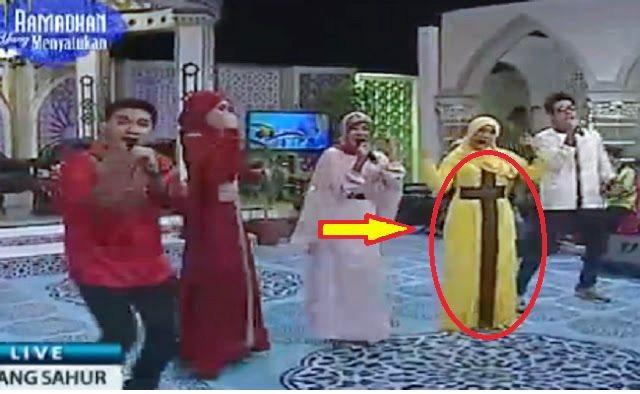 Tayang Saat Sahur, Acara TV Ini Pertontonkan Gamis Bermotif Salib. MUI Pun Turun Tangan