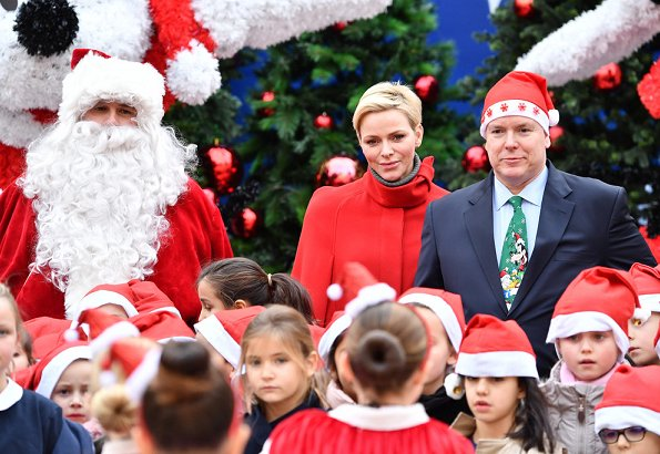 Princess Charlene, Prince Albert II, Louis Ducruet and Camille Gottlieb gave Christmas gifts to refugee children