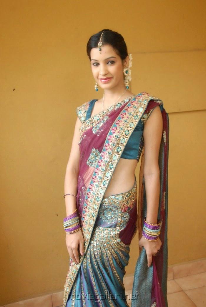 Desi Sexy baby: Muktha - Desi HQ Beautiful Picture in