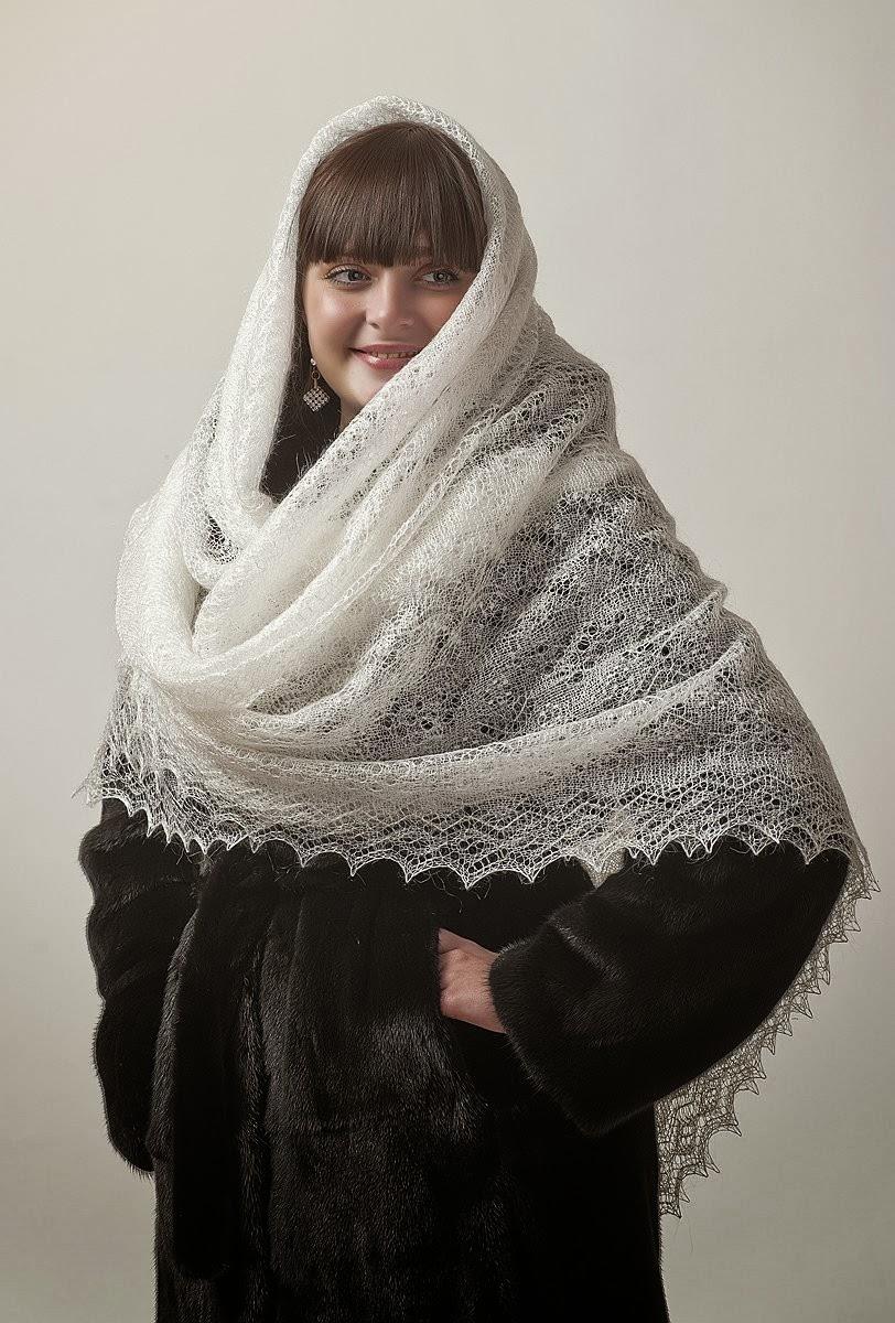 Local fashion: Orenburg fluffy shawl