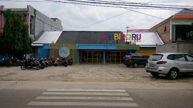 Usaha Kue Zaskia Sungkar di Jambi Diduga Ilegal