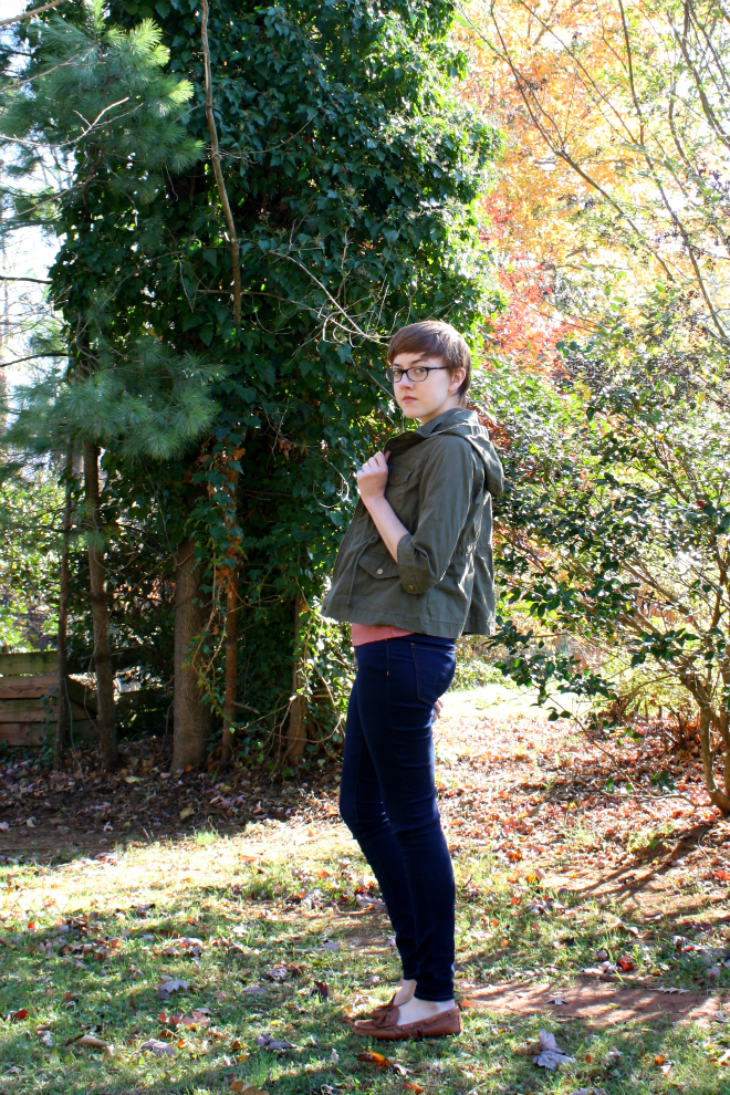everlane outfit with military jacket and skinny jeans on stylewiseblog.blogspot.com