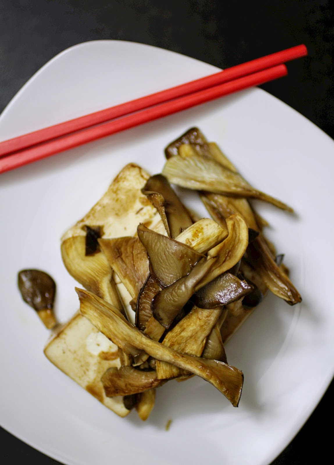 Home grown oyster mushrooms (from GroCycle) with griddled tofu.  I wanted the mushrooms to be the star of the dish so used a simple marinade for the tofu using soy sauce, miso paste and sesame oil.