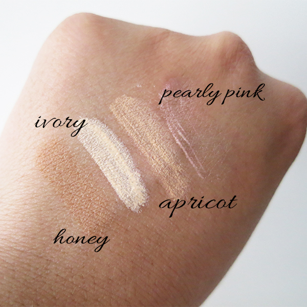 Swatches of Dior Flash Luminizer Backstage Pros Radiance Booster Pen: 005 Honey, 002 Ivory, 003 Apricot, 800 Pearly Pink