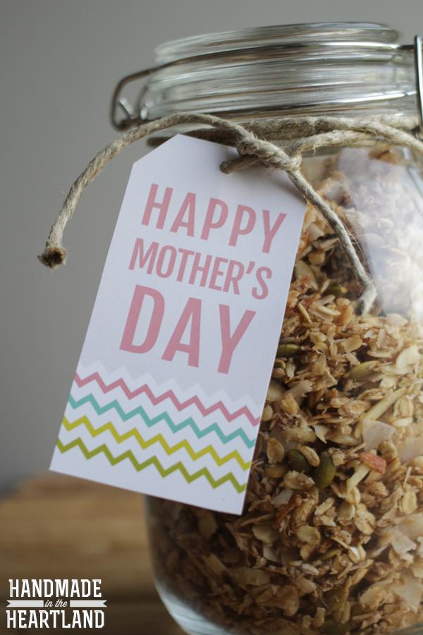 Free Printable Mother's Day Gift Tags, HandmadeintheHeartland.com