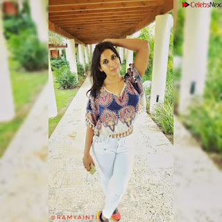 Ramya Inti   Beautiful Instagram Model Spicy Pics 041.jpg