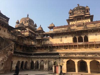 Dinman Hardaul Palace, Madhya Pradesh