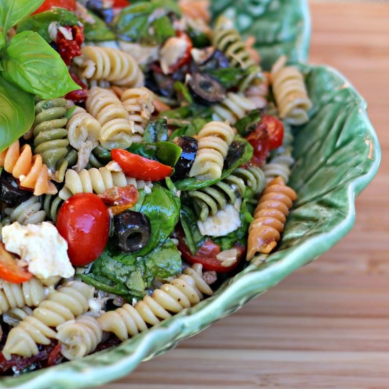 Tuna Pasta Salad with Balsamic Vinaigrette: #salad #pasta #tuna