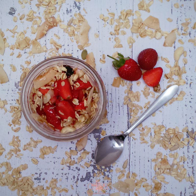 Yogoberries Granola Parfait Recipe Penyajian