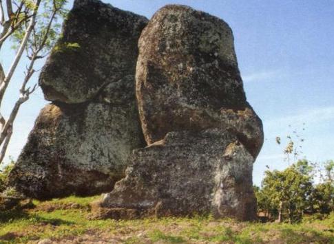 Batu Solor, Stonehenge Ternyata Ada Juga Di Indonesia