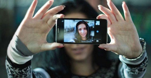 Cara Menampilkan Tanggal Foto di Kamera HP Android