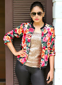 Nandita Swetha New photo shoot gallery-thumbnail-1