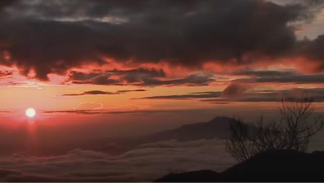 Puncak Sikunir, Dieng, Jawa Tengah.