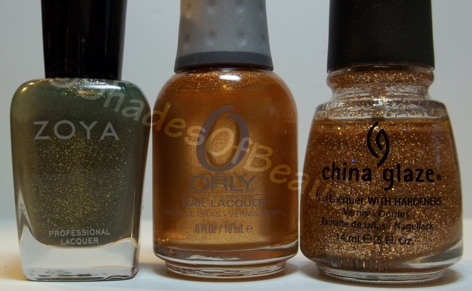 Shades of Beauty, Inc.: NOTD: Zoya Yara with a Golden Accent