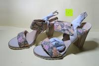 Schuhe seitlich: Alexis Leroy Blockabsatz Blume gedruckt Damen Offene Sandalen mit Keilabsatz